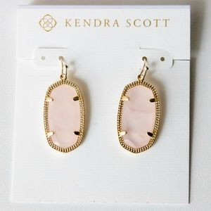 NWOT Kendra Scott Dani Earrings Rose Quartz
